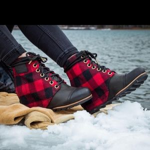 NWT Sorel PDX™ Wedge Boot Black